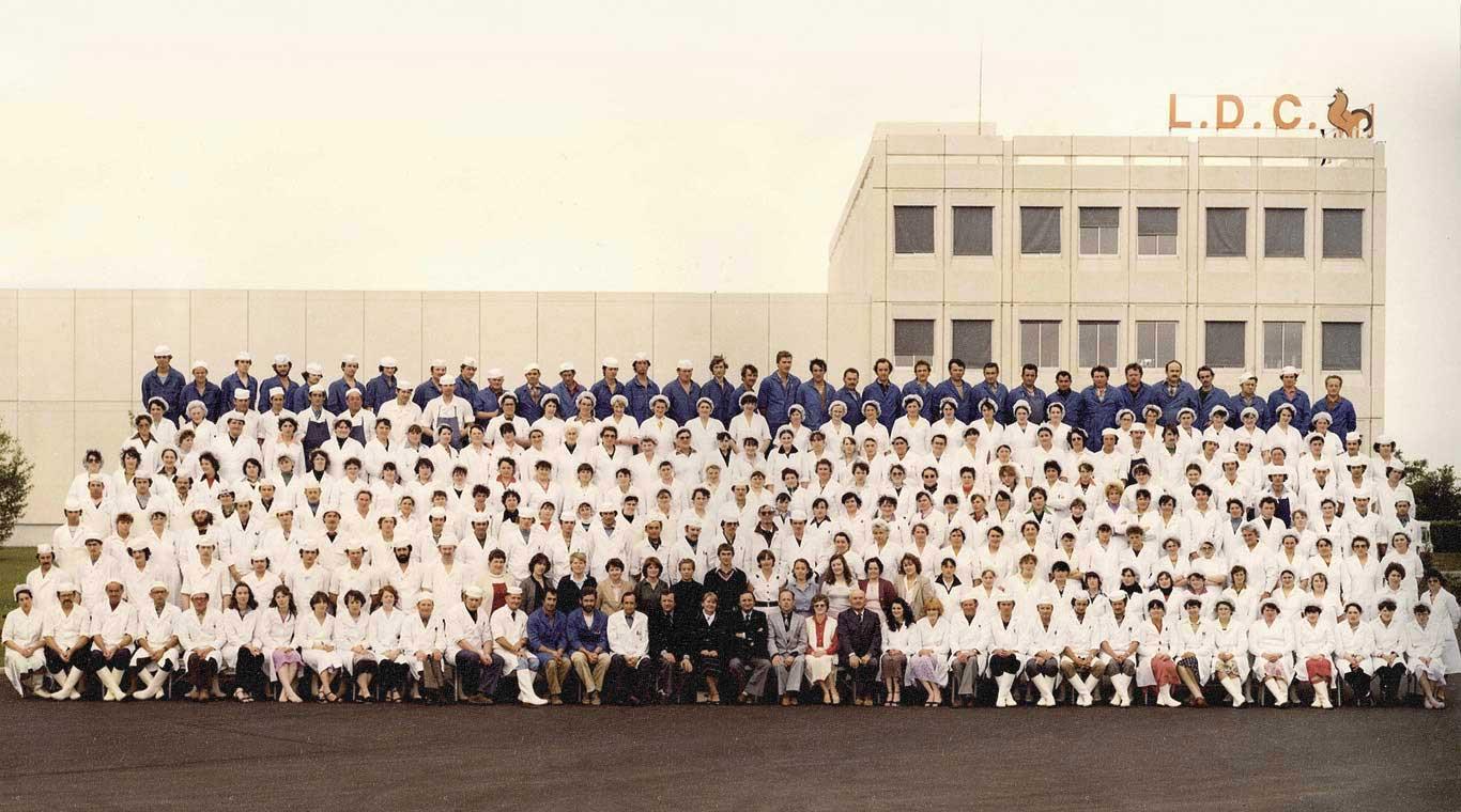 1984 : HET FRANS GEVOGELTE LAAT ZIJN KLEUREN ZIEN