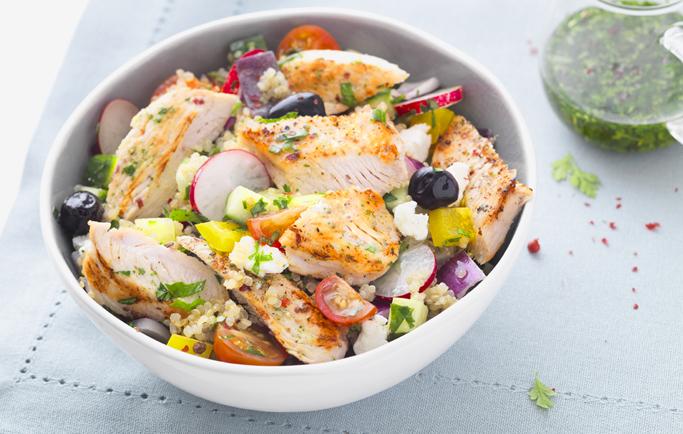 Salade de quinoa et Tranches de filet de dinde à la Grecque